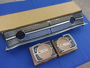 New 1968 Dodge Dart Center Grill Lh Rh Headlamp Bezels Oer Mopar Licensed