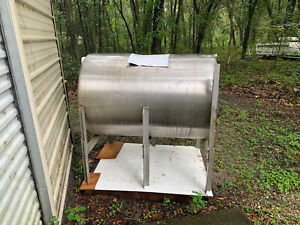 200 Gallon Stainless Steel Tank Used