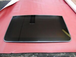 2011 2018 Chrysler 300 Moonroof Sunroof Glass Front Piece Only