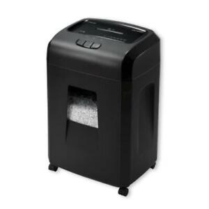 Universal Office Products 48120 Heavy duty Micro cut Shredder 20 Sheet Capacity