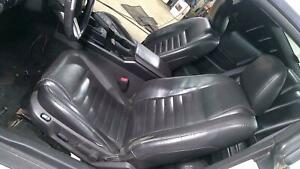 05 07 Ford Mustang Leather Seat Set front rear Black Leather Oem