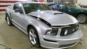 05 10 Ford Mustang 8 8 Rear Axle Assembly 3 55 Ratio Abs