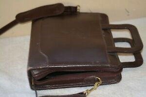 Franklin Quest Classic Maroon Leather Binder W handles Strap 2 Inch Rings