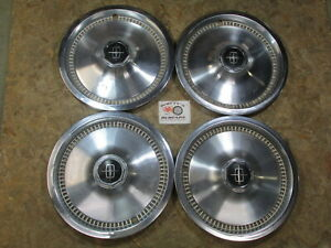 1975 81 Lincoln Continental 15 Wheel Covers Hubcaps Set Of 4
