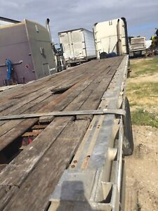 1994 Fontaine 48 Flatbed Without Headboard