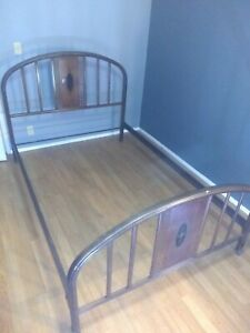 Vintage Antique Metal Bed Frame Full Size Simmons Style 1654 1900 1950 S