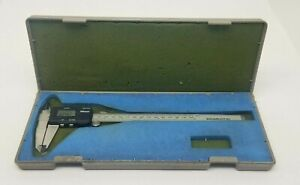Mitutoyo 8 Digimatic Digital Caliper With Case Made In Japan 500 322 Cd 8