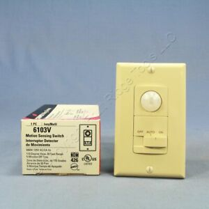 Cooper Ivory 110 Wallbox Occupancy Motion Sensor Wall Light Switch 1 pole 6103v