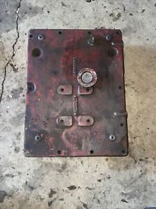 Farmall International 300 350 Utility Hydraulic Resivor Seat Mount