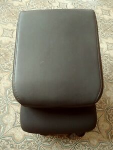 2009 2018 Dodge Ram Front Center Jump Seat Black Cloth