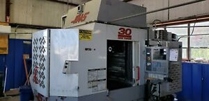 Haas Hs1rp Horizontal Milling Machine With 3 Tombstones And Chick Vise Multilock
