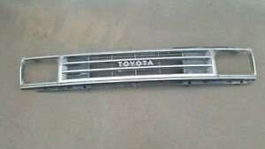 1984 1988 Toyota Pickup Truck Grille And Headlight Bezels