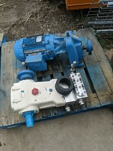 Cat Pumps 3831 Used Triplex Plunger Pump S s Head With Motor And Gear Drive