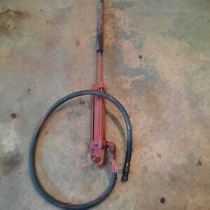 Farmall Tractor Implement Lift Cylinder Fits Farmall H M Mounts Under Rt Axle