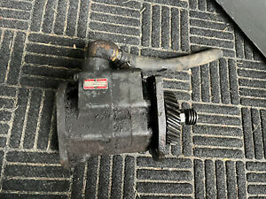 M w Gear Co Live Hydraulic Pump For Farmall Md Tractor Good Used Tested