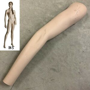 Patina V In5 Ingenue Right Arm Vintage Female Mannequin Replacement Part In5 le