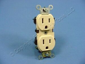 Leviton Ivory Industrial Slim Body Receptacle Duplex Outlet 5 15r 15a 5262 si
