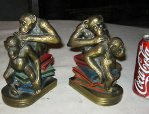 Antique Us K O Grooming Monkey Bookends Darwin Science Book Art Statue Sculpture