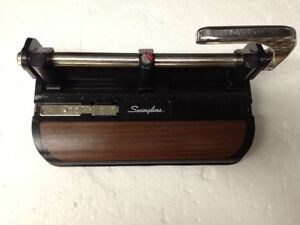 Swingline 32 Sheet Lever Handle 3 Hole Heavy Duty Punch Model 350 400