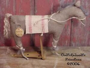 Primitive Folk Art Horse Make Do Table Topper Paper Pattern