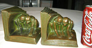 Antique J B 2462 Grooming Monkey Art Statue Sculpture Bronze Metal Bookends