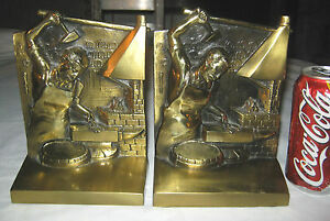 Blacksmith Fire Forged Iron Anvil Tool Hearth Man Art Statue Sculpture Bookends