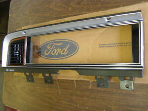Nos 1980 1981 1982 Ford Thunderbird Dash Bezel Trim