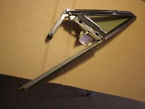 Used Oem 1965 1968 Chevrolet Impala Wing Vent Frame Glass Assembly 1966 1967