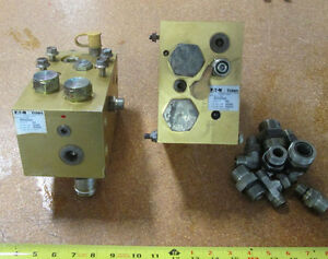 Lot Of 2 Eaton Vickers Hydraulic Manifold Assy Mcd 7186 Mcd 7942