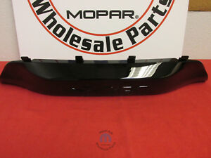 Jeep Grand Cherokee Srt Bumper Trailer Hitch Trim Bezel Srt 8 New Oem Mopar