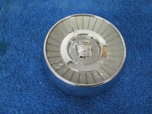 1959 Ford Steering Wheel Horn Button Nos Ford 416