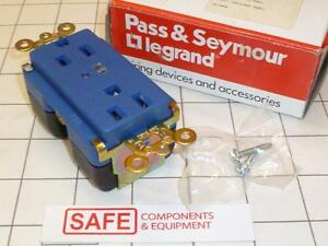 Pass Seymour 5262 blsp Surge Protector Receptacle Alarm Led Blue 15a 125v C54