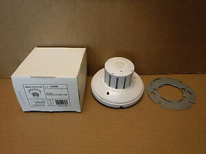 Edwards Smoke Detector Photoelectric Type 6269b 24v Dc Fire Alarm Safety