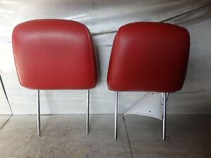 2005 Ford Mustang Left And Right Front Pair Head Leather Headrest Oem