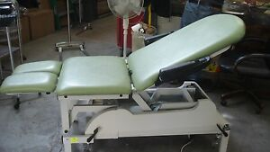 Electro Medical Equipment Power Table With Manual Split Leg Adjustment