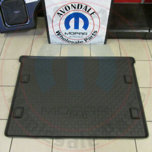 Jeep Liberty Black Rubber All weather Molded Cargo Area Tray New Oem Mopar