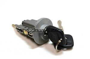 Ignition Lock Cylinder Tumbler With Keys 2003 2004 2005 Toyota Camry