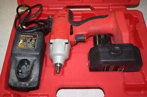 Mac Tools Corless Impact Wrench Ci12038 12v W Battery charger Free Shipping