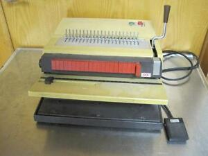 Gbc 422 km General Binding Corporation Model 422 km Punch And Coiler Comb