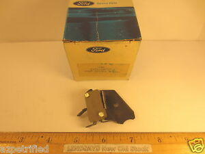 One Ford 1984 Escort snap Switch Mtg air Conditioning Nos Free Shipping