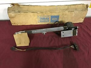 Nos 1968 69 70 71 Ford Thunderbird Power Antenna C8sz 18813 c