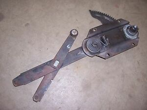 1950 1952 Pontiac Silver Streak 2 Door Fastback Quarter Window Regulator Dr