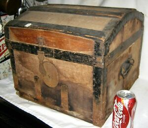 Antique Usa Sm Table Country Primitive Americana Wood Steamer Dome Trunk Chest