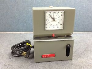 Lathem Time 2100 Series Heavy duty Analog Manual Time Recorder Model 2121