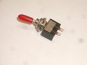 Gc Electronics 35 006 Spst On off Miniature Toggle Switch W Boot 5a 125vac