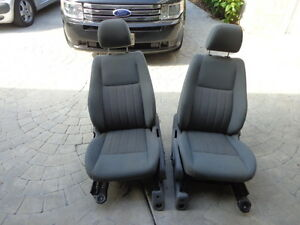 Front Power Seat Pair Jeep Grand Cherokee Laredo 05 06 07