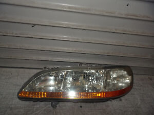 1998 2000 Honda Accord Sedan 4 Door Oem Left Driver Lh Headlight Factory