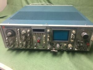 Tektronix Oscilliscope With Function Generator And Counter