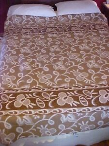 Vintage Blanket White And Brown W Reversible Floral Design