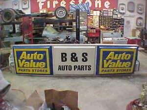 Vintage Value Auto Parts Lighted Sign Hot Rod Man Cave Collectible Garage Art